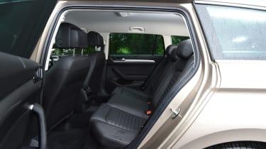 Long-term test review Volkswagen Passat Estate - rear seats
