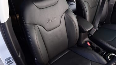Jeep Compass - front seat