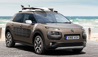 Citroen C4 Cactus Rip Curl Edition - front three quarter