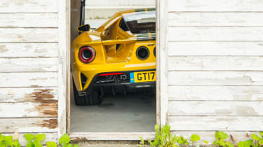 Ford GT Norway road trip - pits rear