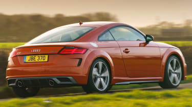 Audi TT Coupe - rear tracking