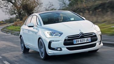 Citroen DS5 Hybrid4 front tracking