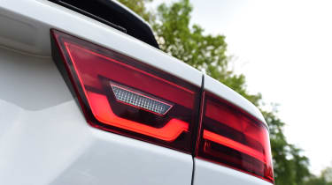 Jaguar E-Pace - taillight