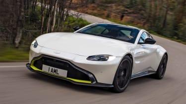 Aston Martin Vantage - tracking