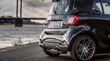 Smart ForTwo Brabus 2016 - rear detail