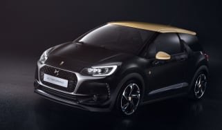 DS 3 Performance official - front quarter