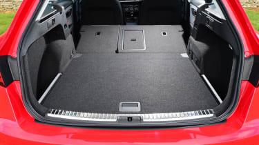 SEAT Leon ST - boot seats down