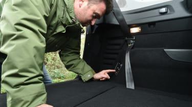 Renault Grand Scenic seat folding