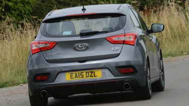 Hyundai i30 Turbo - rear cornering