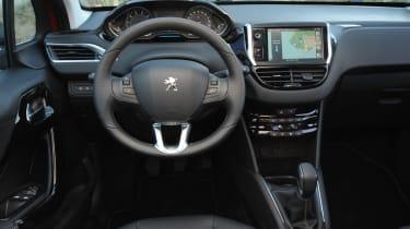 Peugeot 208 1.6 VTi Allure interior