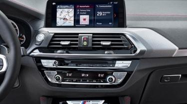 BMW X4 - centre console