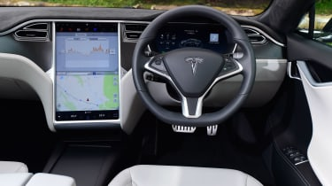 Tesla Model S 2016 facelift dash