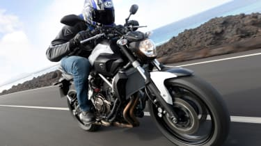 Yamaha MT-07 review - front tracking
