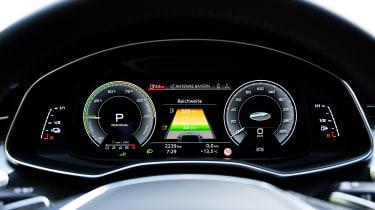 Audi A7 Sportback 55 TFSI e - dials