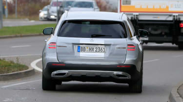 Mercedes E-Class All-Terrain facelift - spyshot 11