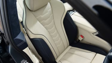 BMW M850i xDrive Gran Coupe - front seats