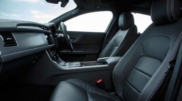 Jaguar XF R-Sport - front seats