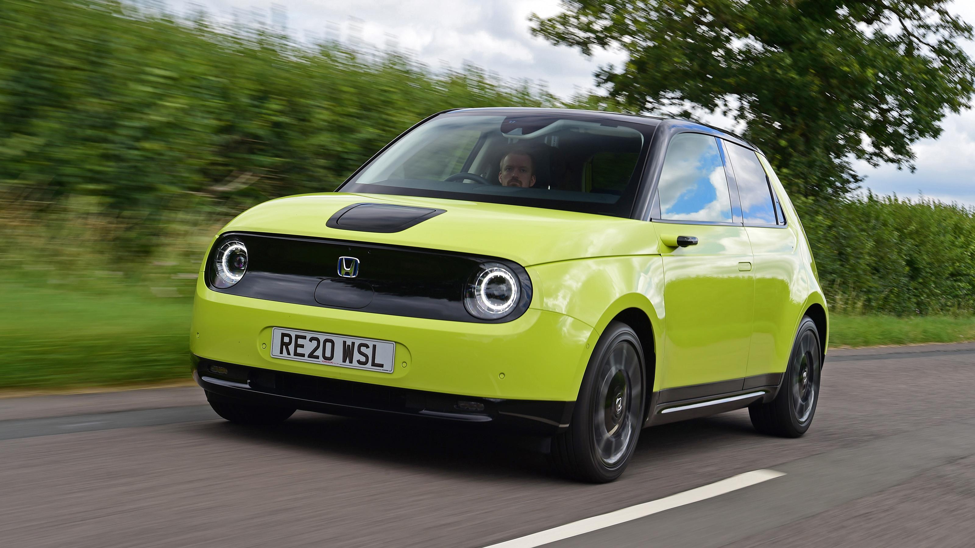Kelebihan Honda E Review