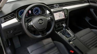 Volkswagen Passat GTE Estate - interior