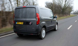 Fiat Doblo Cargo van 2015 - rear tracking