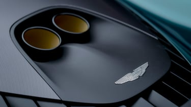 Aston Martin Valhalla - exhaust