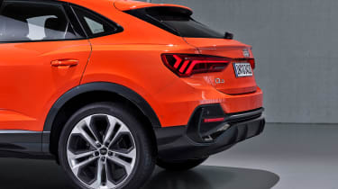 Audi Q3 Sportback - orange rear detail