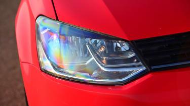 Volkswagen Polo - front light details