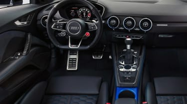Audi TT RS Coupe - dash