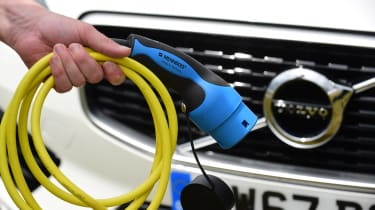 Volvo XC60 T8 - charging cable