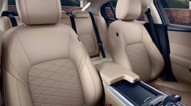 Jaguar XE - studio seats