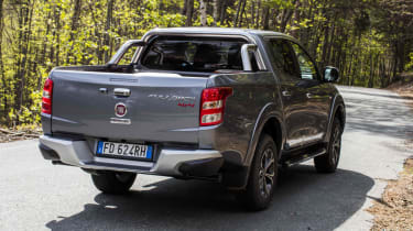 Fiat Fullback pick-up - scene rear quarter