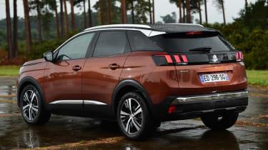 Peugeot 3008 brown - rear quarter