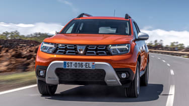 Dacia Duster facelift - front tracking