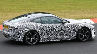 Jaguar F-Type - spied - side cornering