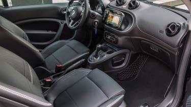 Smart ForTwo Brabus 2016 - interior