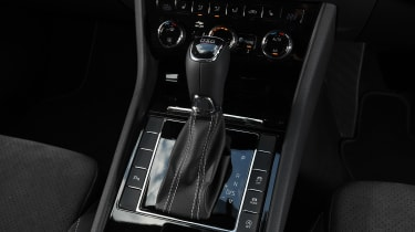Skoda Superb - transmission