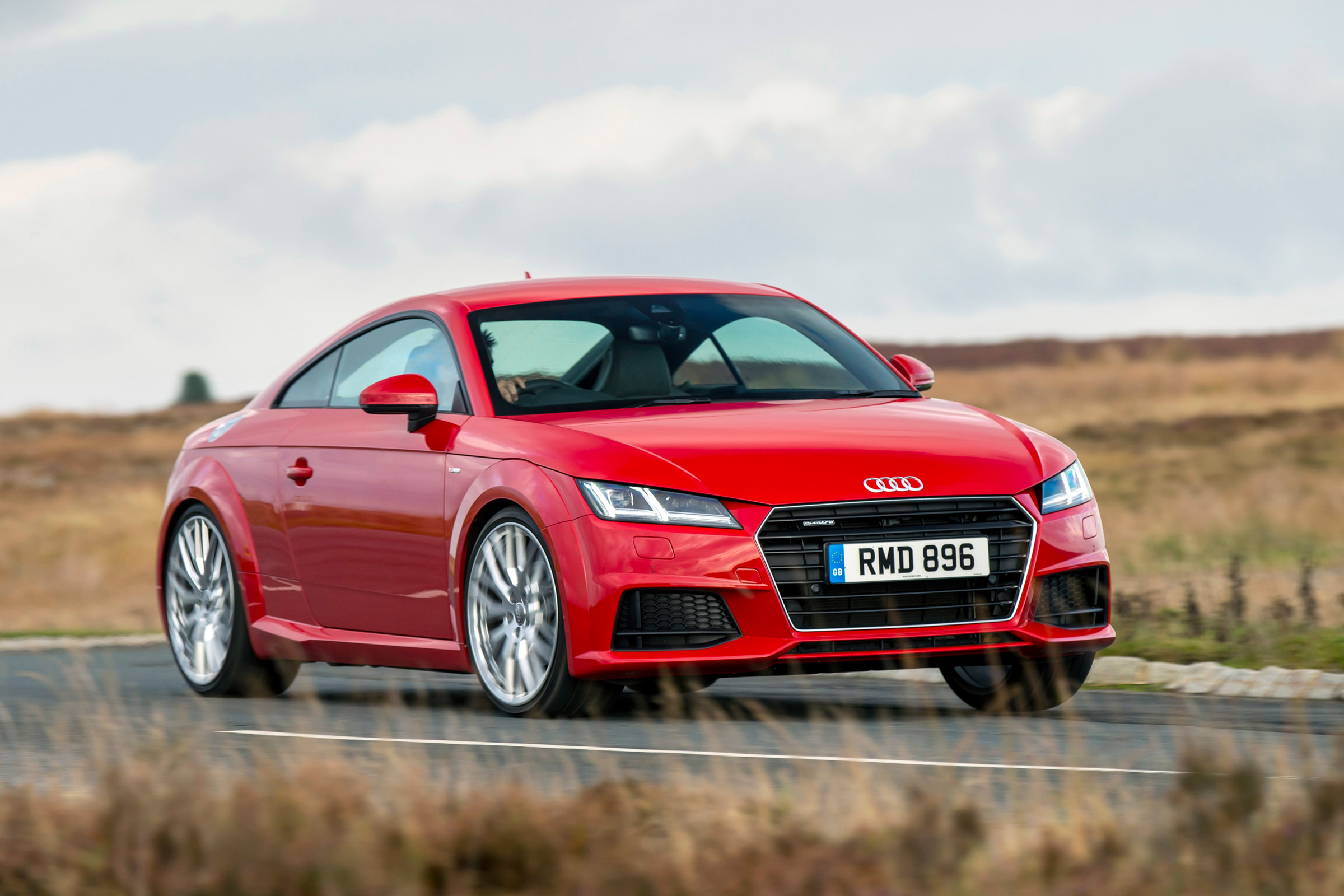 Kelebihan Audi Tt Sport Perbandingan Harga