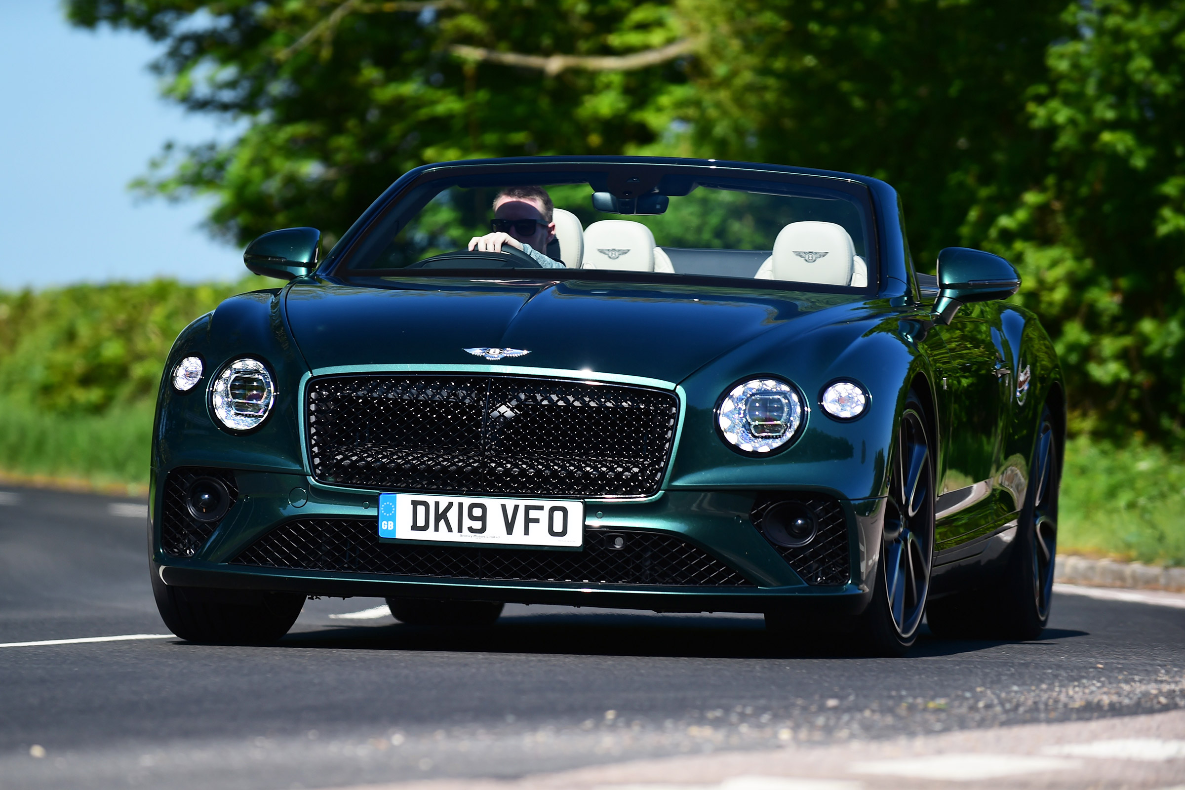 New Bentley Continental Gt Convertible 2019 Review Auto Express