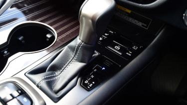 Lexus RX L - transmission