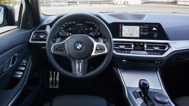 BMW M340i xDrive - dash