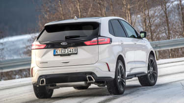 Ford Edge - rear cornering