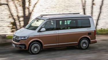 Volkswagen California T6.1 - side