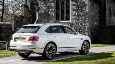 Bentley Bentayga Diesel - Ice white 2017 rear quarter