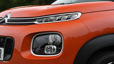 Citroen C3 Aircross - headlight