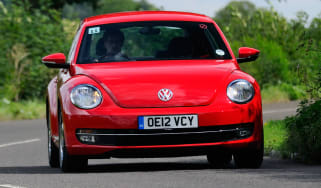 Volkswagen Beetle 2.0 TDI front