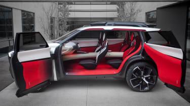 Nissan Xmotion Concept - doors open