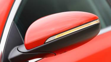 Kia Ceed - wing mirror