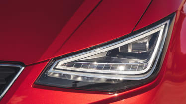 SEAT Ibiza facelift - front lights