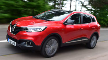 Renault Kadjar 2016 - front tracking