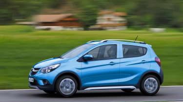 Opel Karl Rocks crossover side